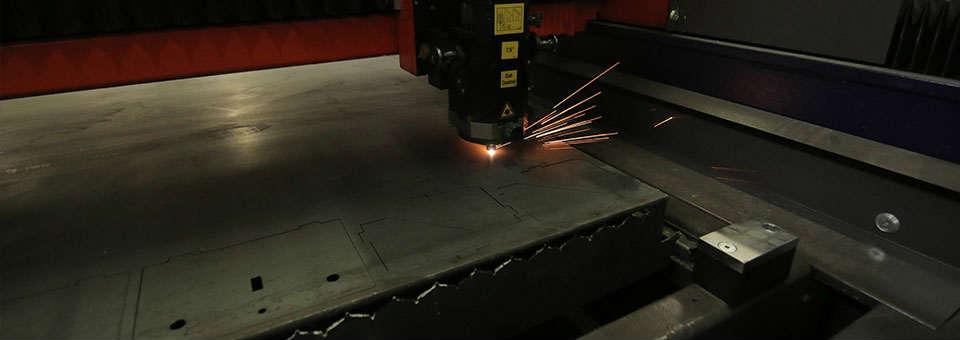 Taierea cu laser poate fi utilizata si pentru decuparea celor mai dure metale