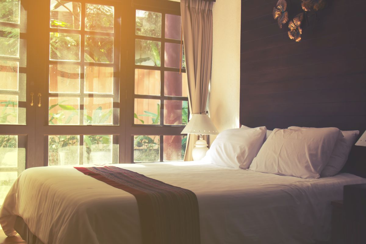 3 modele de cuverturi de pat pentru dormitor in care merita sa investesti