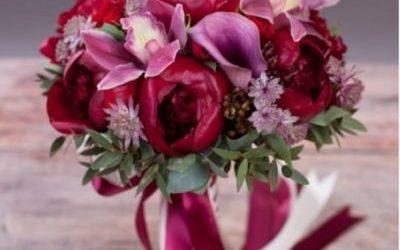 Buchete si aranjamente de flori pentru nunta in combinatii speciale pe OKFlora