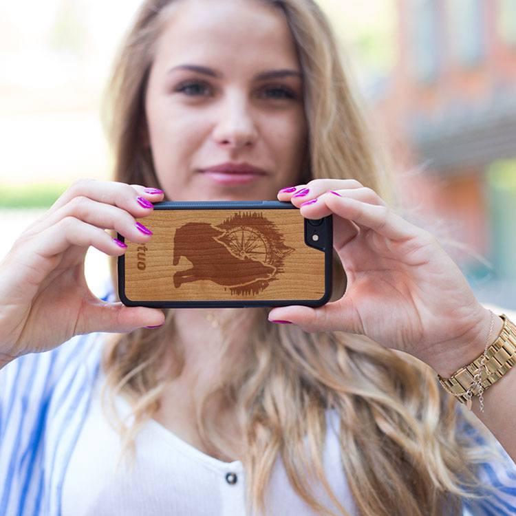Diferitele tipuri de huse personalizate pentru smartphone la preturi accesibile
